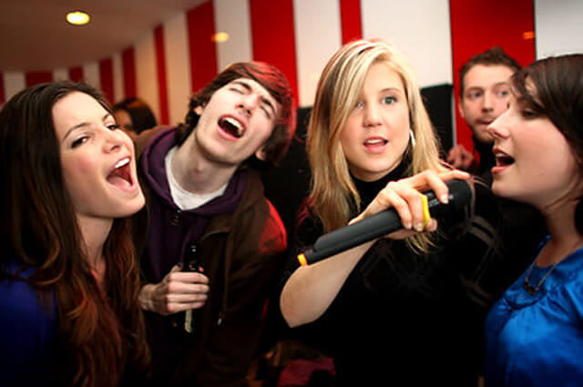 karaoke-asturias-bodas-eventos-fiestas-jd-asturias-fotomaton-fuentes-de-chocolate